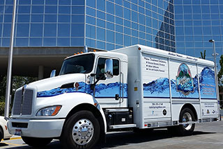 PacLease Trucks Attract Business and Drivers for Idaho Springs Water